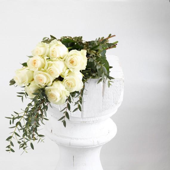 Ramos de rosas blancas a granel
