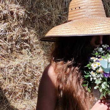 Proyectos nuevos muuuuuy bonitos !!! ❤️  #cocoandmiaflores #flormaniacs #flores🌸 #bouquetinspo #floresonline